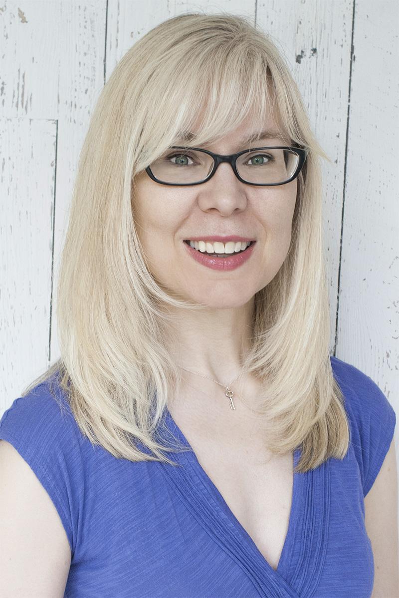 Jacquelyn Middleton Award Winning Author of Long Belongs To Me